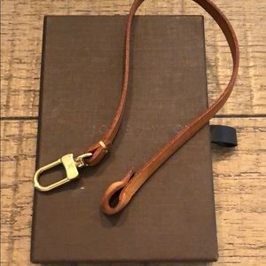 Louis Vuitton Pochette strap and box